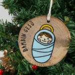 Hanging wooden nativity figurines baby Jesus